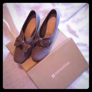 Naturalizer Tweed Bow Heels Size 11M